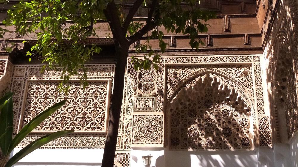detail platres et boiserie palais de la bahia