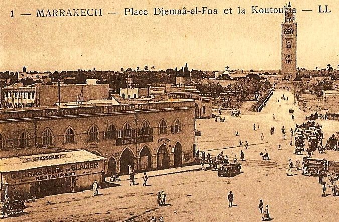 Place jemaa El Fna et la Koutoubia Marrakech