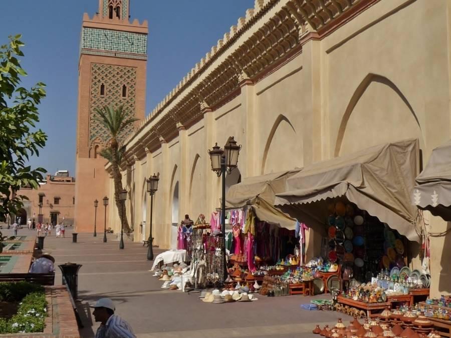 Les-tombeaux-Saadiens mosquée Kasbah Mosquee des 3 pommes d'or Bab AGnaou