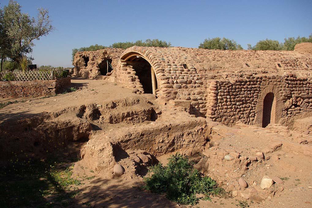 aghmat - pres de Marrakech - site archeologique hammam
