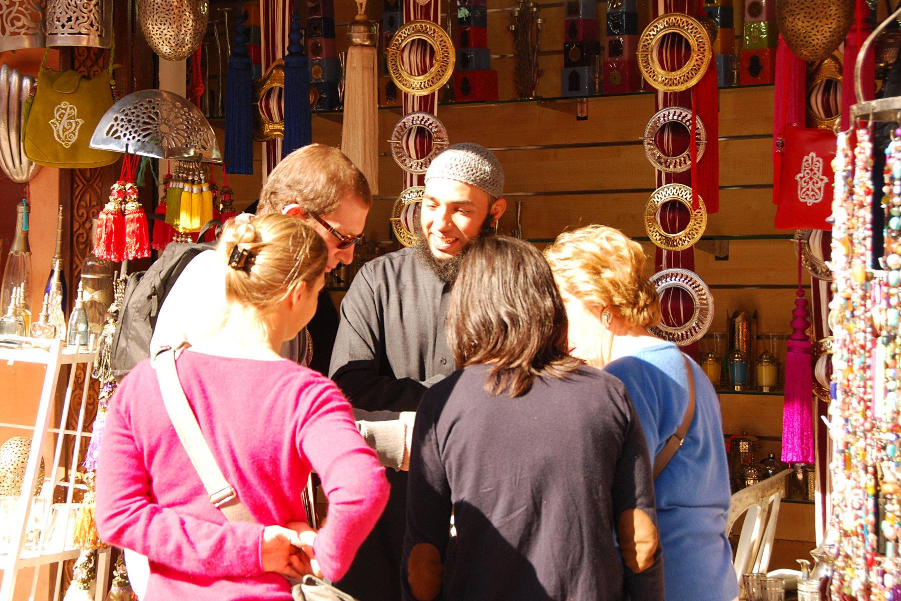 Négocier aux Souks à Marrakech
