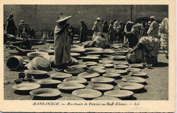 marchands de poterie a souk khemis