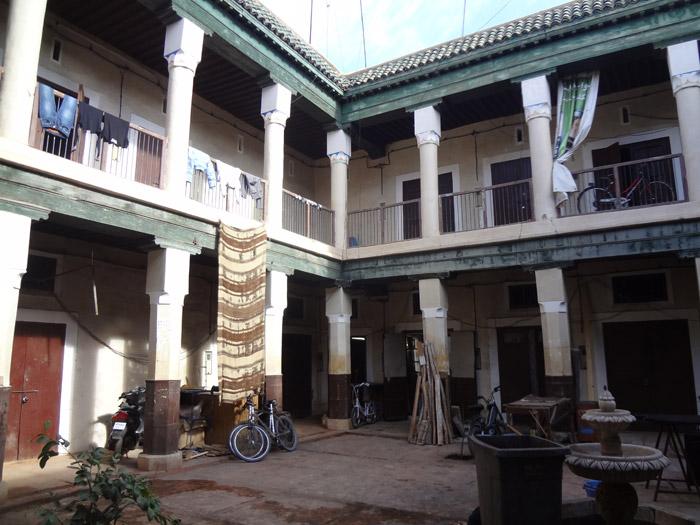 foundouq marrakech caravanserail fondouk