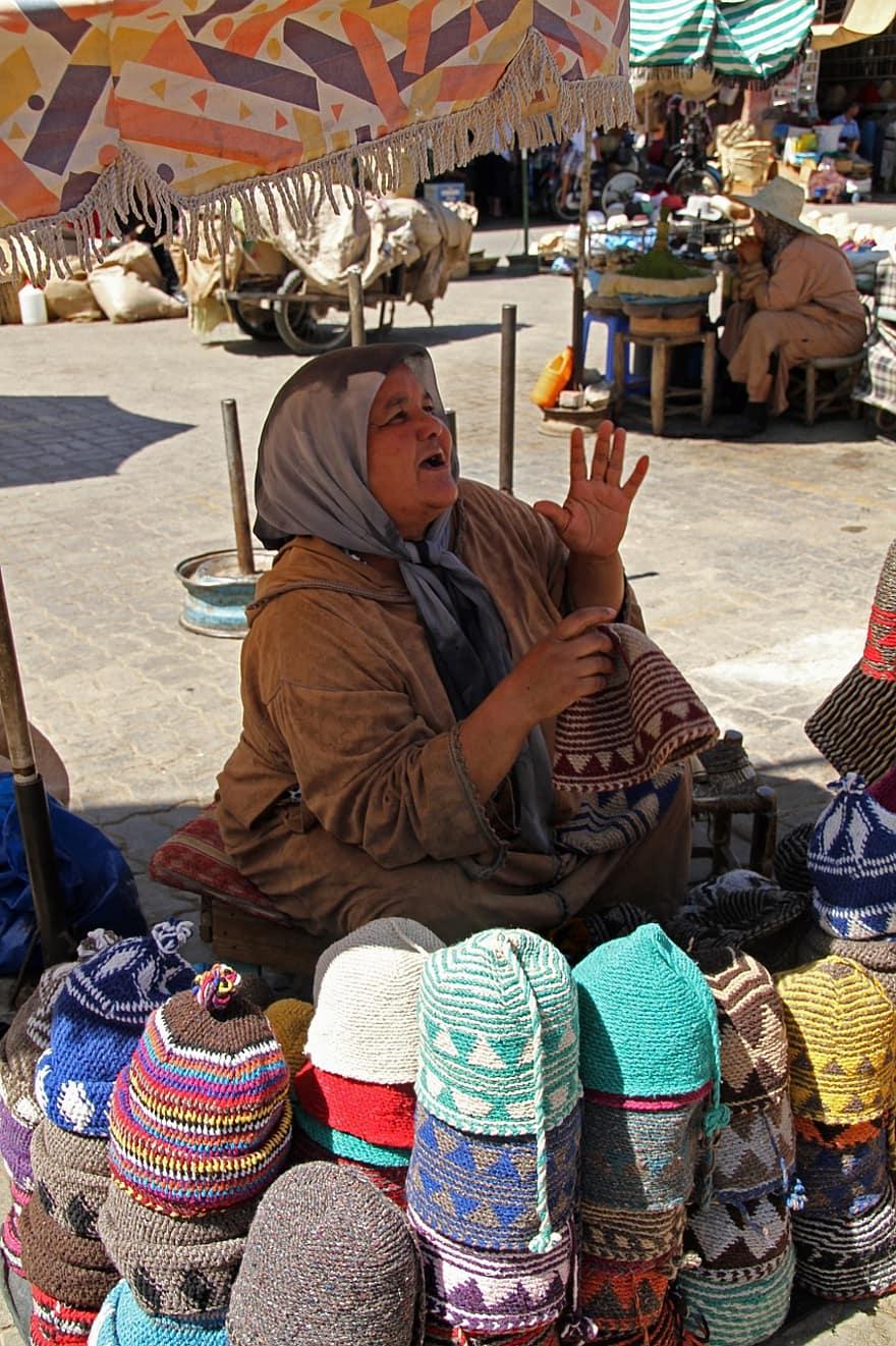 marrakesh morocco souk market woman
