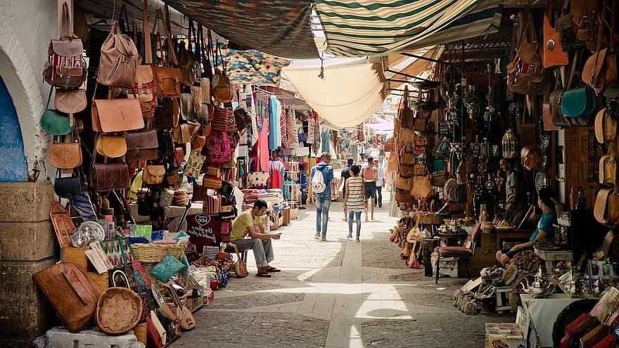 souk bazaar market marrakech morocco